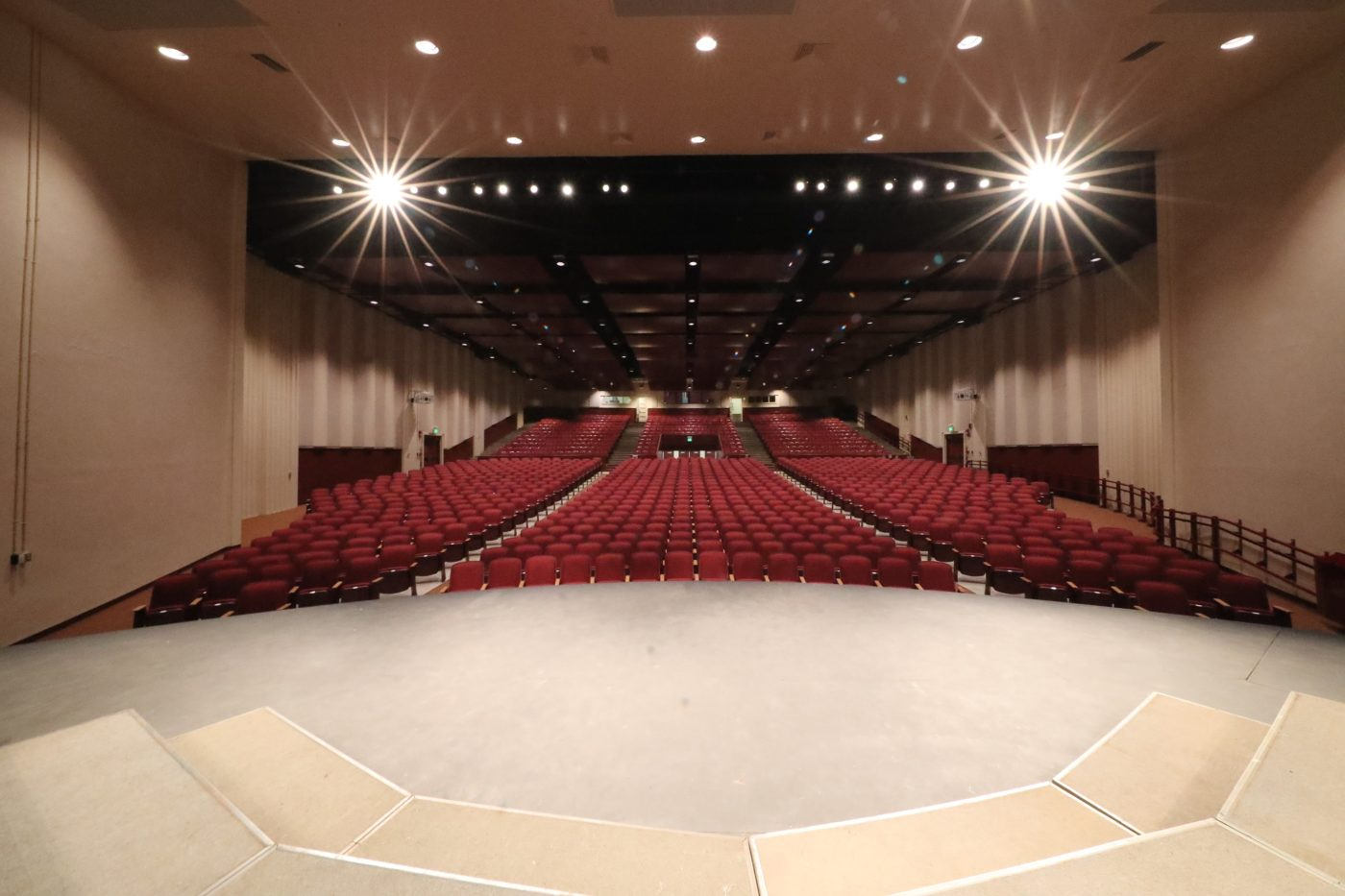 Farrington-High-School-Auditorium-2-e1494910134550