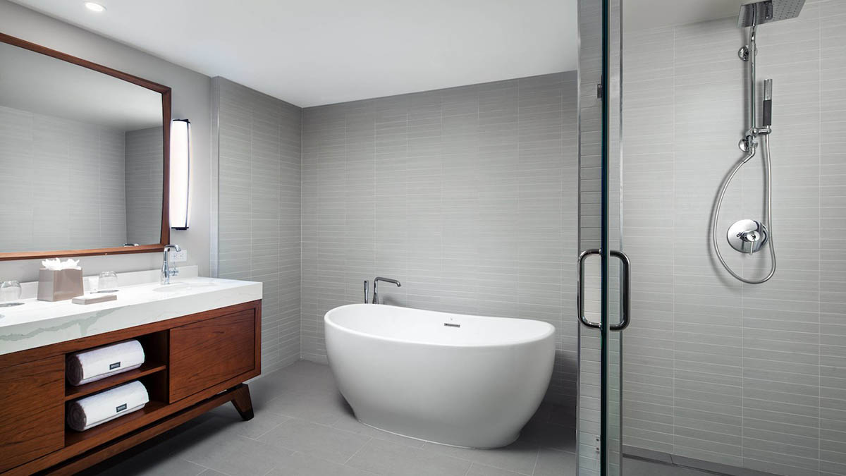 koawi-suite-bathroom-3043-hor-wide-2